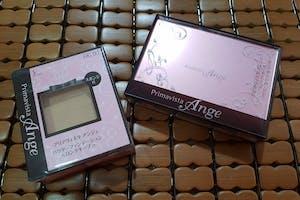 感謝美周報的試用活動,很開心收到「SOFINA Priamvista Ange 輕妝綺肌長效粉餅〈進化版〉」,我已經用了兩盒本系列的粉餅,每年推出的粉餅盒都是很美的粉紅色,進化版粉餅粉質更加細緻,妝感更加服貼自然,輕薄透亮的裸妝感,能抑制出油,能修飾毛孔,是很棒的美妝好物!SOFINA一直都是我的愛牌,推薦給喜歡裸妝感的大家喔~