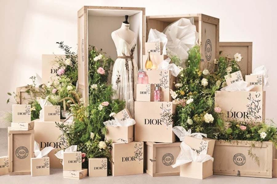 2021母親節絕美限定禮盒、包裝推薦|DIOR迪奧 格拉斯法式花田期間限定活動&限定包裝|美周報
